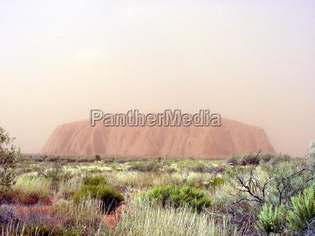 ayers rock aboriginy aboriginies roter fels