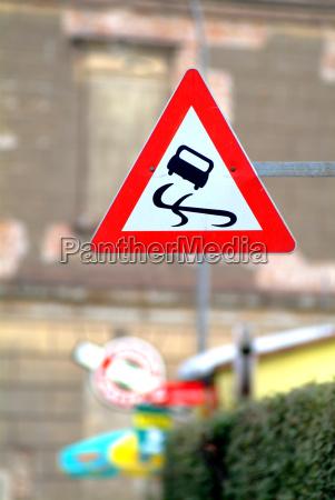 senyal conducir peligro ir estrategia disenyo
