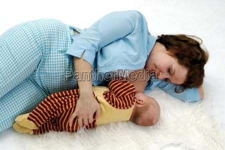 dormir y la lactancia materna