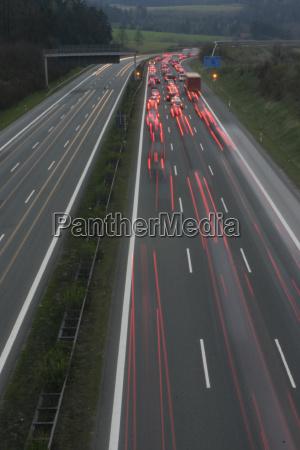 peligro luz viaje trafico noche luces