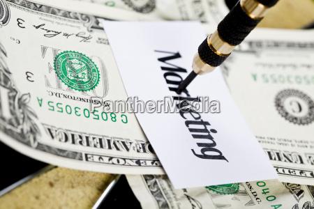 alvo dos dardos e dolar no