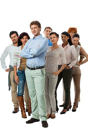 equipe do grupo jovemcom pessoas diferentes