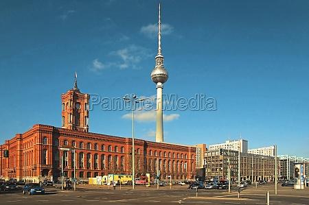 berlim deutschland rotes rathaus fernsehturm wahrzeichen