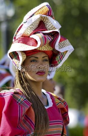 passeio viajar cultura cor chapeu elegancia