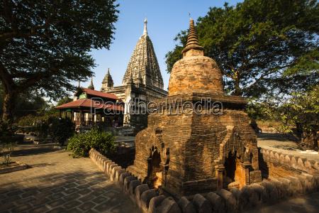 passeio viajar arquitetonicamente historico religiao templo