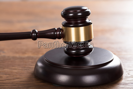 ley justicia juez legislacion a juzgar