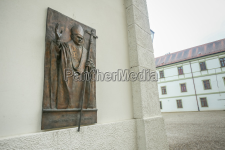 wall sculpture of pope benedict xvi